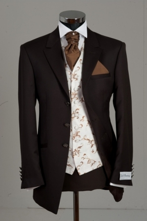 بدل عرسان Brown_wedding_suit
